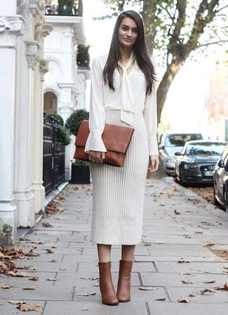 с чем носить вязаную юбку карандаш модные луки 12 фото женская