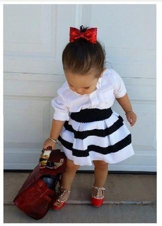 Как и с чем носить: белая классическая рубашка, бело-черная юбка, красные балетки