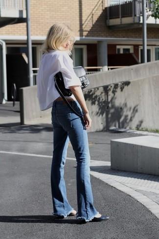 Синие джинсы-клеш от Pinko