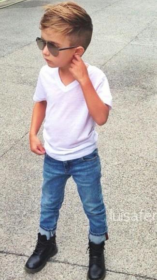 Как и с чем носить: белая футболка, синие джинсы, черные ботинки