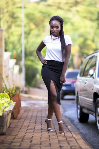 839421be74a Черная юбка-карандаш c бахромой от Chanel