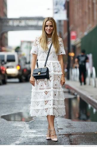 Кружевное платье обувь