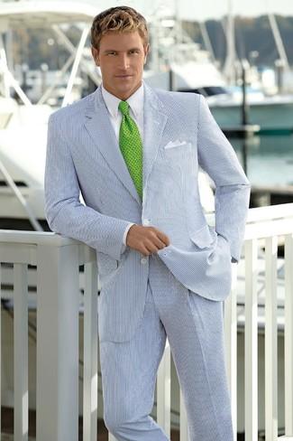 Как и с чем носить: бело-темно-синий костюм в вертикальную полоску, белая классическая рубашка, зеленый галстук с принтом, белый нагрудный платок