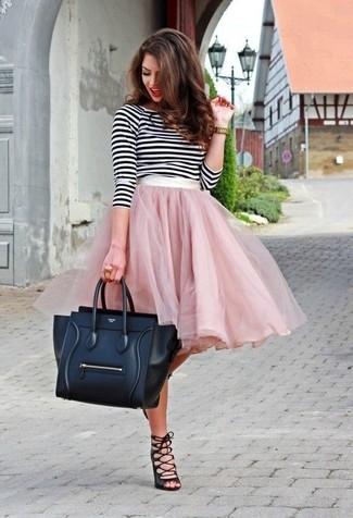 С чем носить розовую пышную юбку