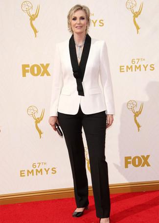 бело черный пиджак черные классические брюки черные туфли large 13699