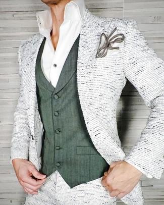 Как и с чем носить: белый твидовый пиджак, темно-зеленый жилет, белая классическая рубашка, белый нагрудный платок