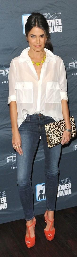блуза на пуговицах джинсы скинни босоножки на каблуке клатч колье браслет large 13055