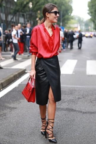 Кожаные юбки и красные блузки
