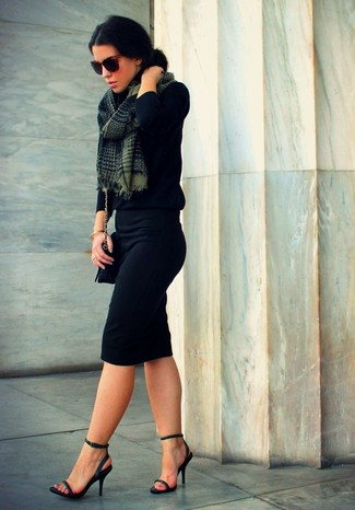Черная юбка карандаш и черная водолазка