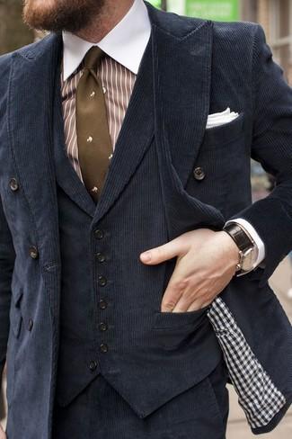 Как и с чем носить: черный вельветовый двубортный пиджак, черный бархатный жилет, бело-коричневая классическая рубашка в вертикальную полоску, черные вельветовые классические брюки