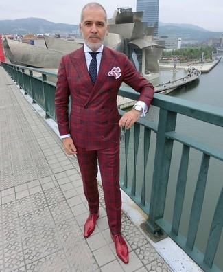 Как и с чем носить: красный двубортный пиджак в шотландскую клетку, белая классическая рубашка, красные классические брюки в шотландскую клетку, красные кожаные оксфорды