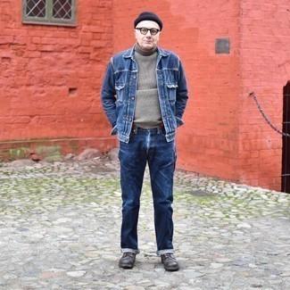 Мужские луки: Темно-синяя джинсовая куртка и темно-синие джинсы помогут составить гармоничный и стильный образ. Любители модных экспериментов могут завершить ансамбль темно-коричневыми кожаными повседневными ботинками, тем самым добавив в него чуточку изысканности.