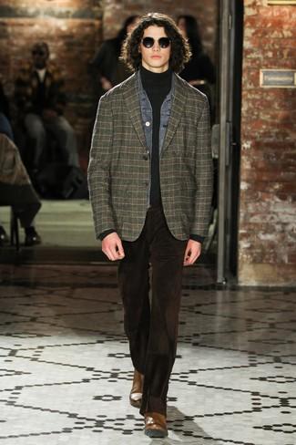 Как и с чем носить: серая джинсовая куртка, темно-зеленый пиджак в шотландскую клетку, темно-серая водолазка, темно-коричневые вельветовые джинсы