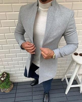 С чем носить белую шерстяную водолазку мужчине: Белая шерстяная водолазка и темно-синие джинсы будут стильно смотреться в стильном гардеробе самых требовательных парней. Не прочь привнести в этот ансамбль нотку строгости? Тогда в качестве дополнения к этому ансамблю, выбирай черные кожаные ботинки челси.