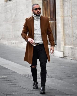 Как и с чем носить: коричневое длинное пальто, серая вязаная водолазка, черные рваные зауженные джинсы, черные кожаные ботинки челси