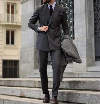 Как и с чем носить: темно-серое длинное пальто в клетку, темно-серый двубортный пиджак, белая классическая рубашка в вертикальную полоску, темно-серые классические брюки