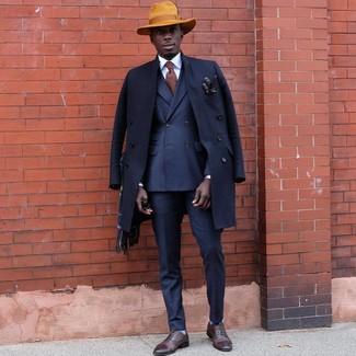 Как и с чем носить: темно-синее длинное пальто, темно-синий двубортный пиджак, темно-синие классические брюки, коричневые кожаные оксфорды