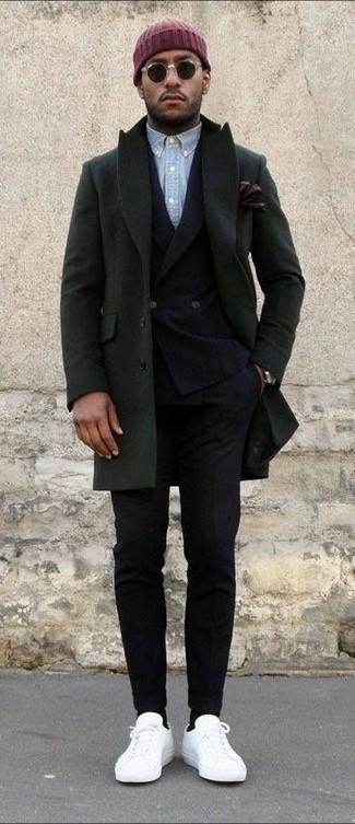 Как и с чем носить: оливковое длинное пальто, черный шерстяной двубортный пиджак, голубая рубашка с длинным рукавом из шамбре, черные шерстяные классические брюки
