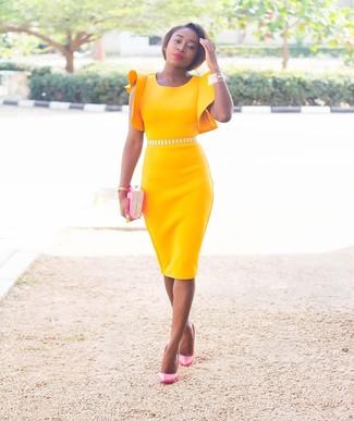 Желтое с розовым платье