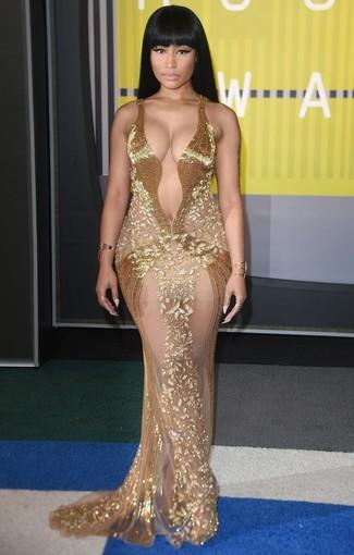 золотое вечернее платье из бисера золотой браслет золотое кольцо large 13924