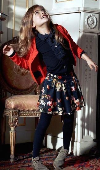 Темно-синяя юбка с цветочным принтом: с чем носить и как сочетать девочке: