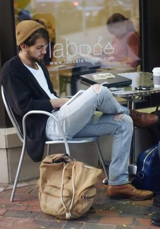 Как и с чем носить: черный кардиган, белая футболка с круглым вырезом, голубые рваные джинсы, коричневые кожаные броги
