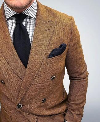 Модный лук: Коричневый шерстяной двубортный пиджак, Белая классическая рубашка в клетку, Черный галстук, Черный нагрудный платок