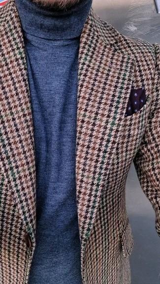 """Как и с чем носить: коричневый шерстяной пиджак с узором """"гусиные лапки"""", темно-синяя водолазка, темно-красный нагрудный платок в горошек"""