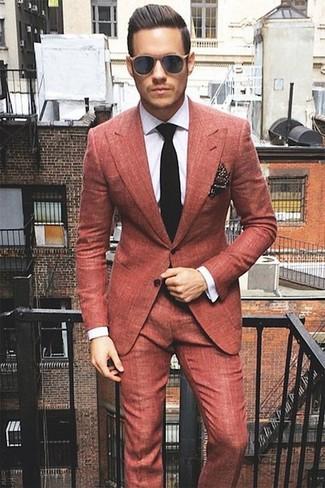 Как и с чем носить: красный костюм, белая классическая рубашка в клетку, черный вязаный галстук, темно-коричневый нагрудный платок в горошек