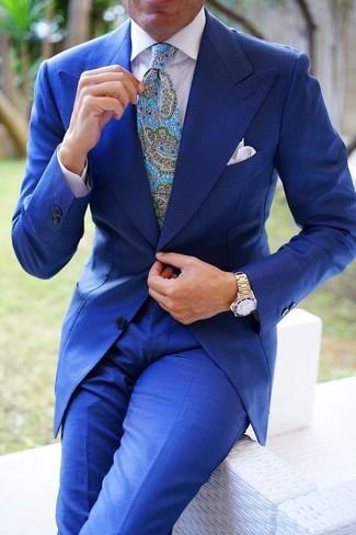 """Как и с чем носить: синий костюм, белая классическая рубашка, бирюзовый галстук с """"огурцами"""", белый нагрудный платок"""