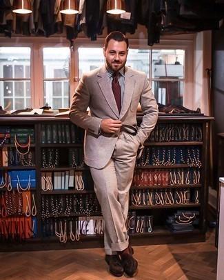 С чем носить табачные носки мужчине: Светло-коричневый костюм и табачные носки — подходящее решение и для вечерних вылазок с друзьями, и для дневных поездок на выходных. В сочетании с темно-коричневыми замшевыми лоферами с кисточками такой ансамбль выглядит особенно гармонично.