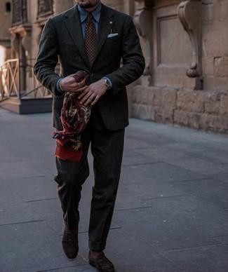 Мужские луки: Для воплощения элегантного мужского вечернего лука отлично подойдет синяя классическая рубашка.
