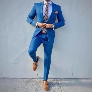 С чем носить светло-коричневый галстук в шотландскую клетку мужчине: Комбо из синего костюма и светло-коричневого галстука в шотландскую клетку позволит примерить на себя элегантный мужской стиль. Чтобы лук не получился слишком отполированным, можешь завершить его светло-коричневыми кожаными монками с двумя ремешками.