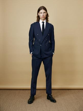 Как и с чем носить: темно-синий костюм, белая классическая рубашка, черные кожаные оксфорды, черный галстук