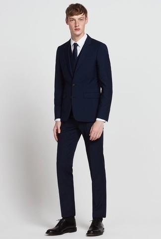 Темно-синий костюм-тройка от Dolce & Gabbana, 231,703 руб ...  Темно Синий Костюм Рубашка