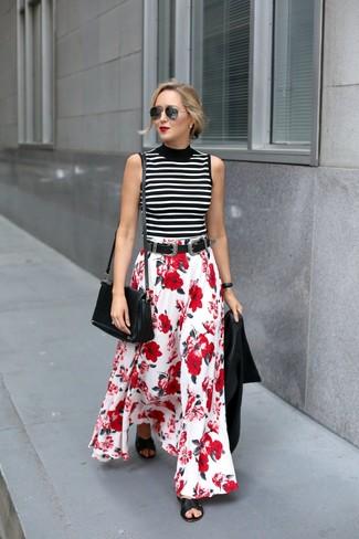 Как и с чем носить: черная кожаная косуха, бело-черная водолазка без рукавов в горизонтальную полоску, красно-белая длинная юбка с цветочным принтом, черные кожаные сандалии на плоской подошве