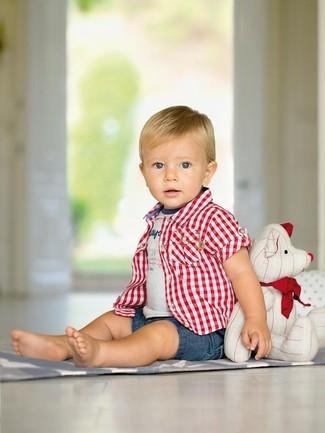 С чем носить красную рубашку с коротким рукавом в шотландскую клетку мальчику:
