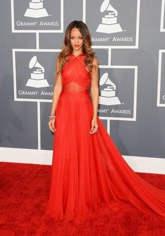 Как Rihanna носит Красное шифоновое вечернее платье