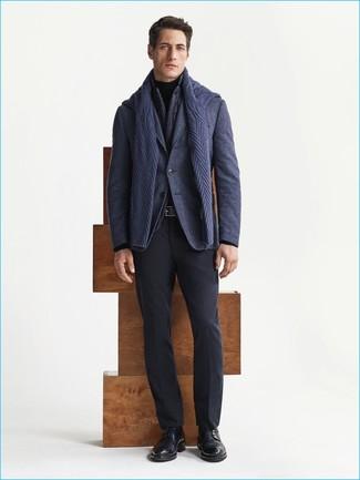 Как и с чем носить: темно-серая куртка без рукавов, темно-синий шерстяной пиджак, темно-синий вязаный свитер, черная водолазка