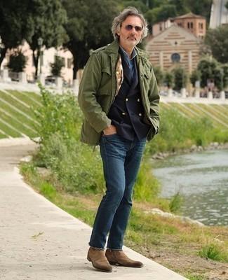 Коричневые солнцезащитные очки: с чем носить и как сочетать мужчине: Если ты делаешь ставку на удобство и практичность, оливковая куртка в стиле милитари и коричневые солнцезащитные очки — хороший выбор для привлекательного повседневного мужского ансамбля. Хочешь привнести в этот наряд толику строгости? Тогда в качестве обуви к этому образу, выбери коричневые замшевые ботинки челси.