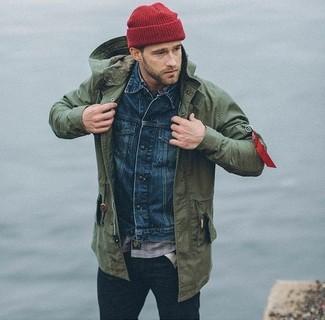 Как и с чем носить: оливковая куртка в стиле милитари, темно-синяя джинсовая куртка, серая рубашка с длинным рукавом в клетку, темно-синие зауженные джинсы