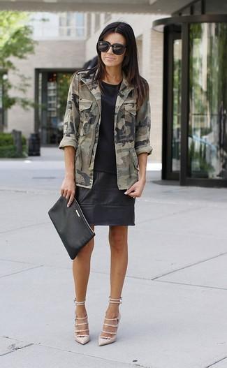Оливковая куртка в стиле милитари с камуфляжным принтом от Forte Dei Marmi Couture