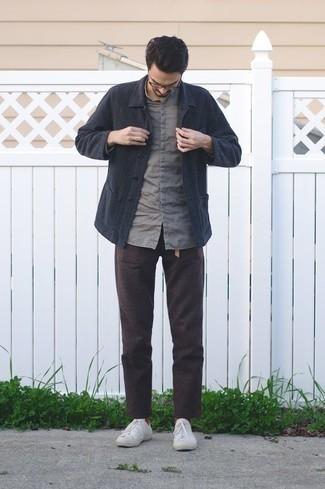 С чем носить табачные носки мужчине: Если этот день тебе предстоит провести в движении, сочетание темно-синей куртки-рубашки и табачных носков позволит составить функциональный образ в непринужденном стиле. Не прочь привнести сюда немного изысканности? Тогда в качестве дополнения к этому ансамблю, стоит выбрать белые низкие кеды из плотной ткани.