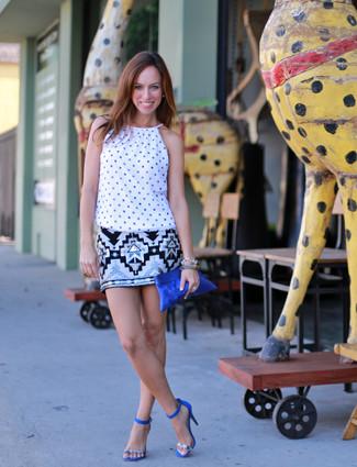 4d13aff53a2f С чем носить синий замшевый клатч? Модные луки (13 фото) | Женская ...