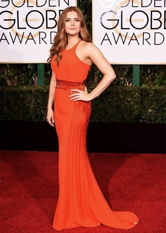 Как Amy Adams носит Оранжевое вечернее платье с украшением, Серебряный браслет