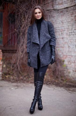 Модный лук: Темно-серое пальто, Черная водолазка, Черные леггинсы, Черные кожаные ботфорты