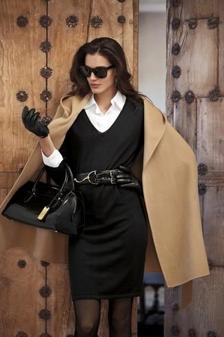 Модный лук: Светло-коричневое пальто, Черное вязаное платье-футляр, Белая классическая рубашка, Черная кожаная сумка-саквояж
