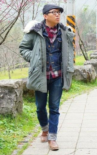 Как и с чем носить: мятная парка, темно-синяя джинсовая куртка, красная рубашка с длинным рукавом в мелкую клетку, темно-синие джинсы