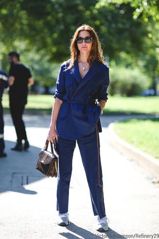 Женские черные солнцезащитные очки от DKNY