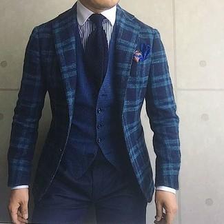 Как и с чем носить: темно-бирюзовый шерстяной пиджак в шотландскую клетку, темно-синий джинсовый жилет, бело-темно-синяя классическая рубашка в вертикальную полоску, черные брюки чинос